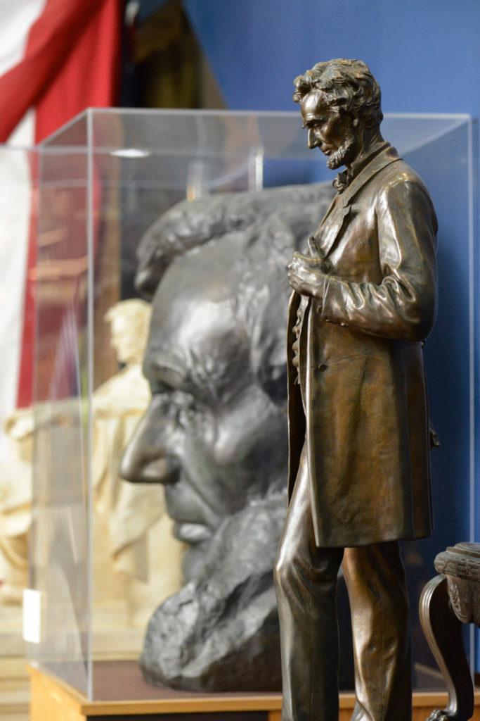 Lincoln Statues at LMU, Photo: Charles Hubbard
